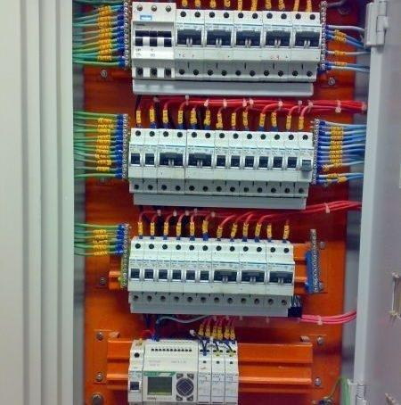 Empresa de manutenção elétrica